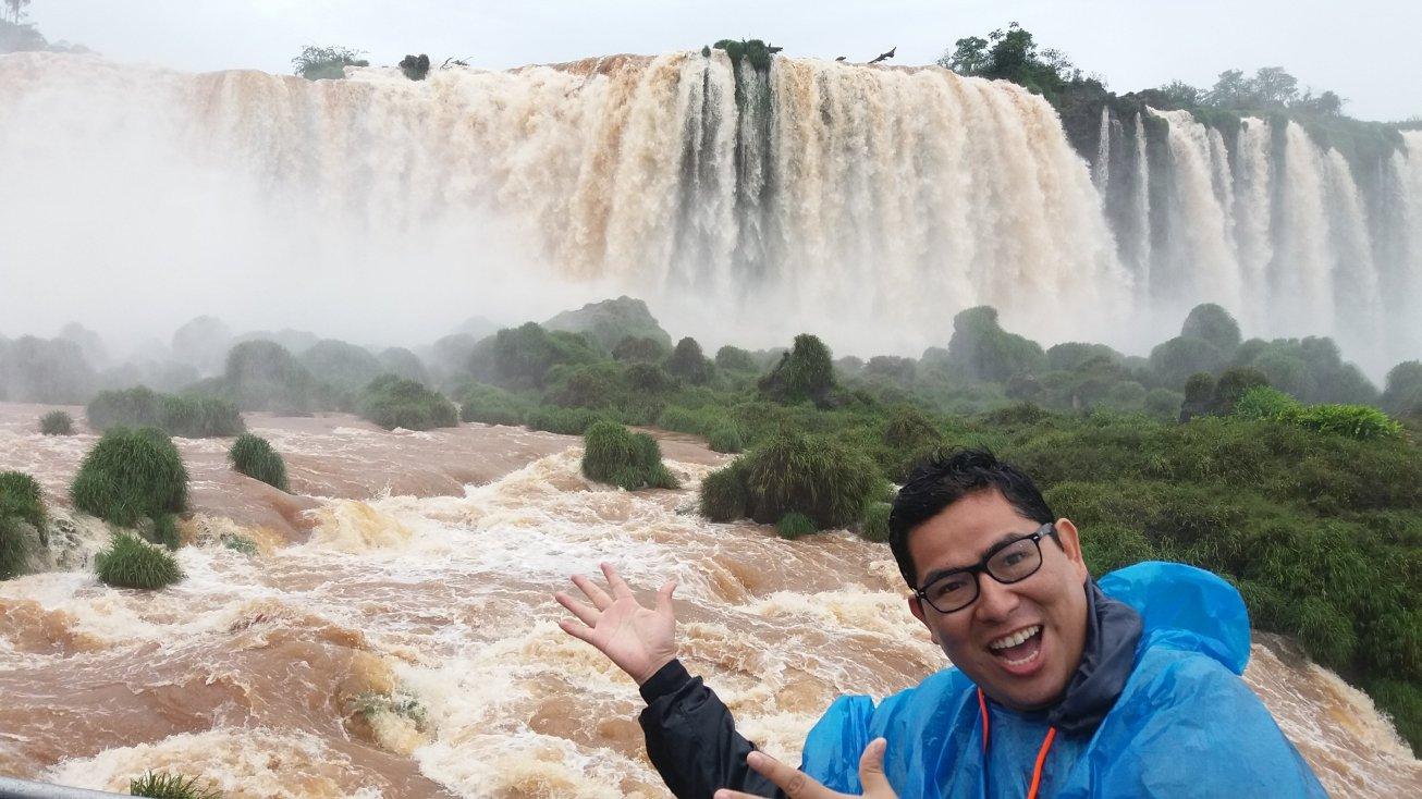 Viajes largos:  De Lima a Buenos Aires y a las Cataratas de Iguazú.  Qué hacer y cuanto cuesta?